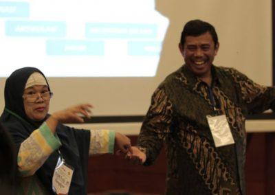 Left to right: Martini Marja, senior judge trainer at JTC; Hasoloan Sianturi, ex press judge of North Jakarta District Court